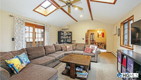 654 Toni Court, Yorktown Heights, NY 10598