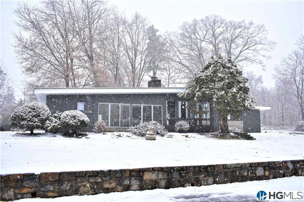 3220 Lookout Street, Mohegan Lake, NY 10547 is now new to the market!