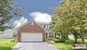 2502 Roseglen Way, Aurora, IL 60506
