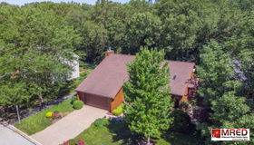 6030 Mill Bridge Lane, Lisle, IL 60532