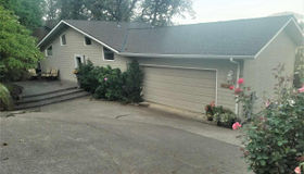 414 S 30th St S, Philomath, OR 97370