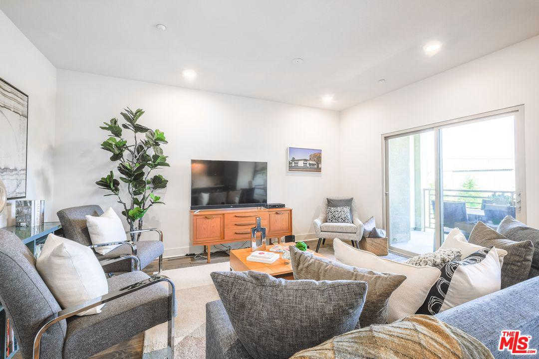 Another Property Sold - 2980 Ripple #205, Los Angeles (city), CA 90039