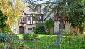 10690 Winnetka Avenue, Chatsworth, CA 91311