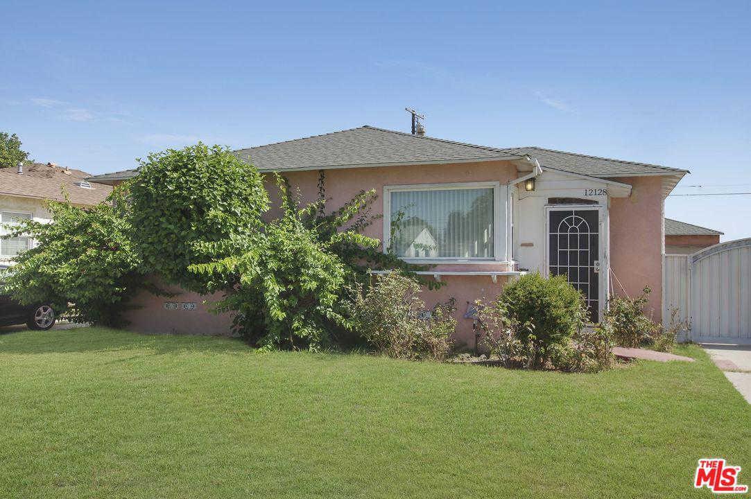 12128 Alvaro Street, Los Angeles (city), CA 90059 is now new to the market!