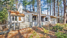 9 Rhododendron Ave, Medfield, MA 02052