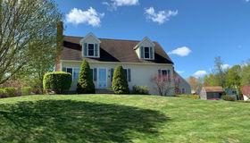 14 Orchard Hill Drive, Rutland, MA 01543