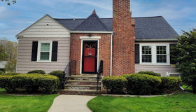 4 Ontario St, Worcester, MA 01606