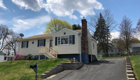 15 Viele Ave, Worcester, MA 01605
