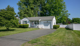 82 Thayer Road, Greenfield, MA 01301
