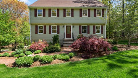 704 Forest St, North Andover, MA 01845