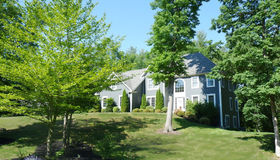 7 Indian Pipe Dr, Hadley, MA 01035