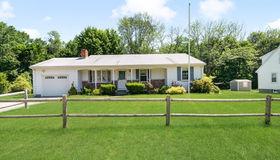 55 Boardman Ln, Attleboro, MA 02703