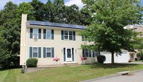 92 Moreland Green Dr, Worcester, MA 01609