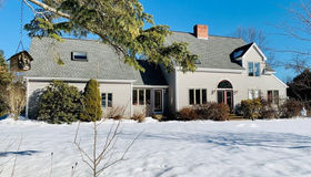 68 Country Corners Rd, Amherst, MA 01002