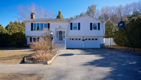 10 Robb Rd, Beverly, MA 01915