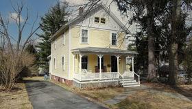 77 Mcclellan St, Amherst, MA 01002