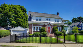 37 Orchard St, Watertown, MA 02472