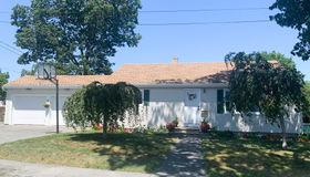 137 Appleton Street, New Bedford, MA 02745
