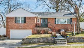 215 Moore Street, Hartsdale, NY 10530