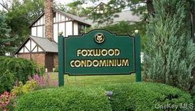 60 Foxwood Drive 9, Pleasantville, NY 10570