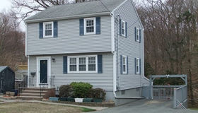 85 Emerald St, Quincy, MA 02169