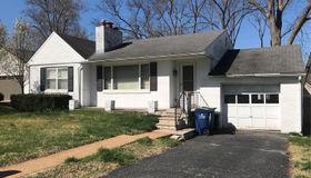 1011 Twin Pine Drive, St Louis, MO 4326