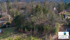 25 Old Farm House Road, Weaverville, NC 28787
