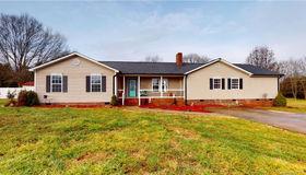 960 George Brown Road, Crouse, NC 28033