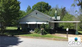 204 Berry Street, Statesville, NC 28677