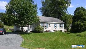 47 Ry-Kris Lane, Hartford, VT 05001