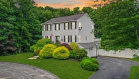 13 Forestview Dr, Fairhaven, MA 02719