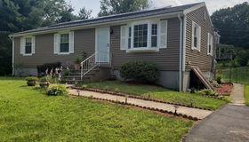 196 Ponakin Rd, Lancaster, MA 01523