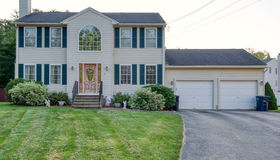 3 Abbey Rd, Webster, MA 01570