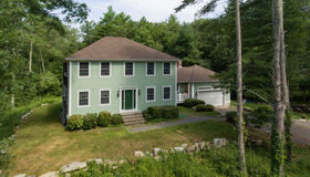 34 Country Club Blvd, Dartmouth, MA 02747