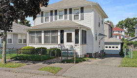 81 Cliff St, Quincy, MA 02169