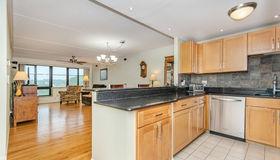 100 Ledgewood Drive 514, Stoneham, MA 02180