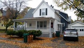 38 Seymour Ave, Lynn, MA 01902