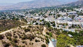 9818 Redmont Avenue, Tujunga, CA