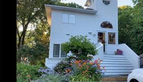 25a Oakhurst Road, Hampton Bays, NY 11946
