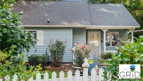 605 Rhododendron Avenue, Black Mountain, NC 28711
