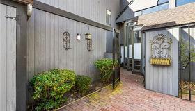 150 Stone Oaks Drive, Hartsdale, NY 10530